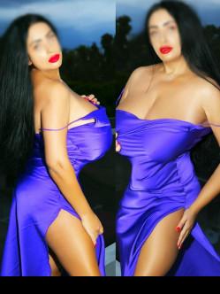 Curvy Model Gfe